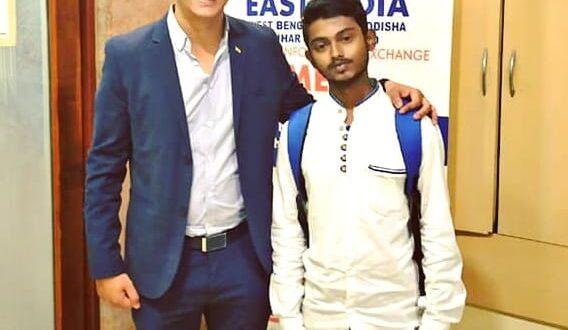 When Sourav Dey logistics last mile Micro entrepreneur travelled 110 + km to meet Arun Pandit sourav dey logistics last mile Micro entrepreneur travelled 110 km to meet Arun Pandit