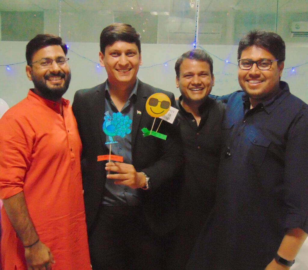 Arun Pandit : Treble at Loadshare Networks Diwali People's Choice Awards 2019 Arun Pandit won a Treble at Loadshare Diwali Peoples Choice Awards 2019